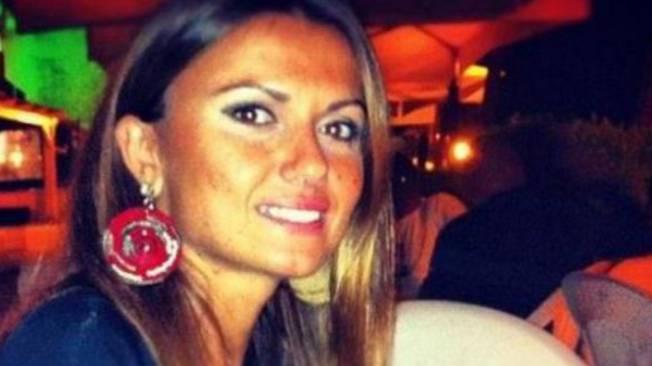 Carla Caiazzo, la donna bruciata viva dal marito, torna a respirare da sola