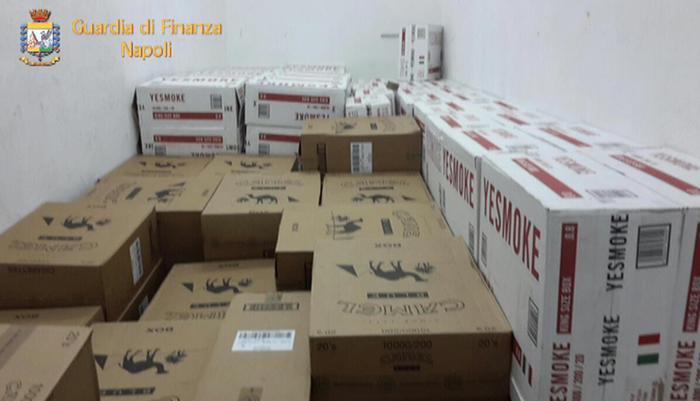 Contrabbando, sequestro di sigarette nel Napoletano
