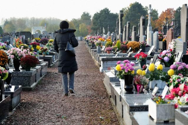 Sportello di ascolto al cimitero per aiutare le persone colpite da lutto