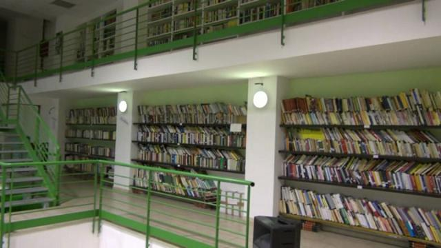 Biblioteca Annalisa Durante