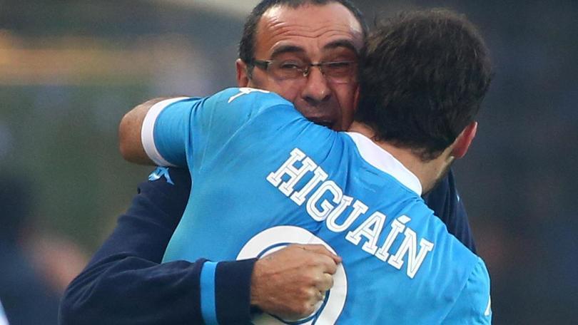 """Kiss Kiss Napoli: """"Quella volta in cui Sarri convinse Higuain a restare in azzurro"""""""