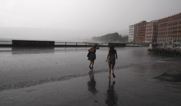 Meteo, avanza l'anticiclone: in arrivo le piogge in Campania