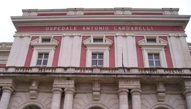 Ospedale Cardarelli, disabile muore di Covid: la denuncia dei familiari