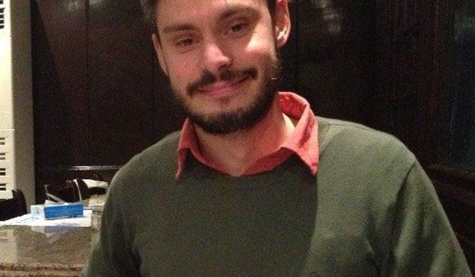 Verità per Giulio Regeni, a Napoli flash mob organizzato da Amnesty International