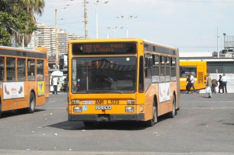 Malore per autista bus: un ferito e alcuni contusi