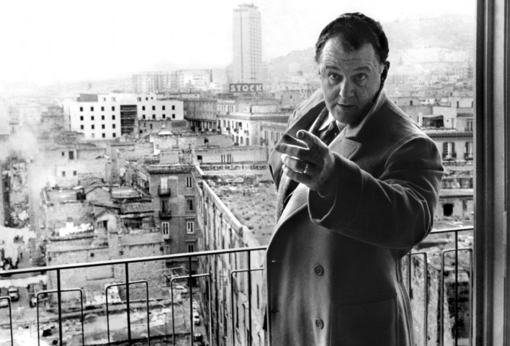 """""""Le mani sulla città"""" un libro backstage sul regista Francesco Rosi"""