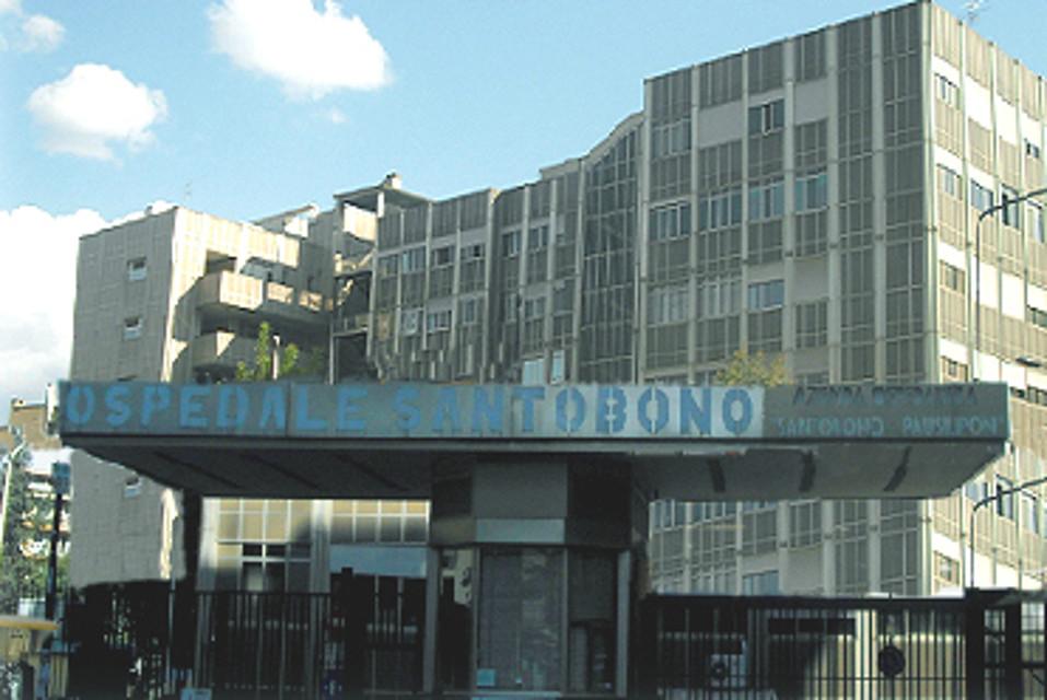 Ospedale Santobono, in coma a 9 anni per una caduta dalla bici: Giuseppe apre gli occhi