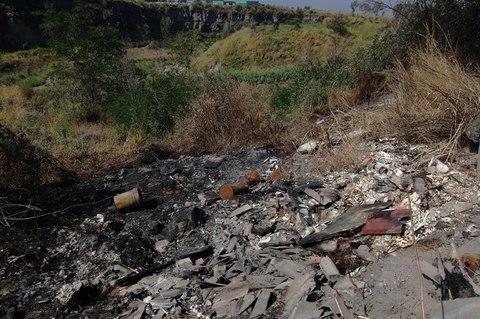 Rifiuti nel Parco nazionale del Vesuvio: 21 persone denunciate