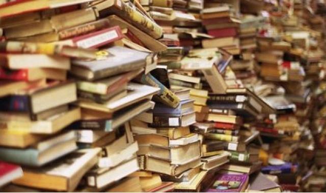 Mille libri per il sisma del 24 agosto, da Napoli ad Amatrice