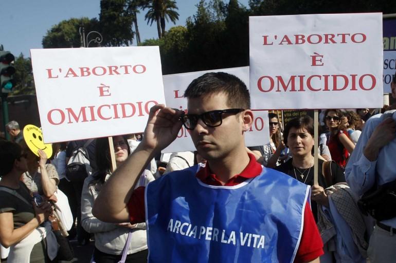"""Marcia anti aborto, Luisa Franzese: """"La scuola non deve prendere posizione"""""""
