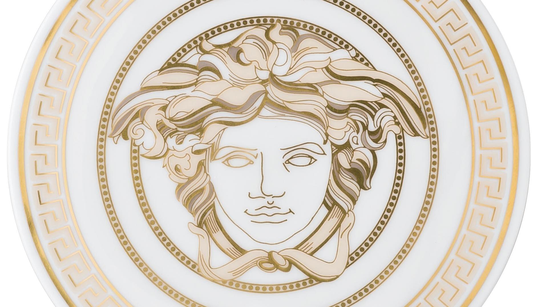 Versace a Napoli: l'ipotesi di una mostra-evento all'archeologico