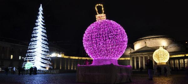 Al via i preparativi per il Natale a Napoli