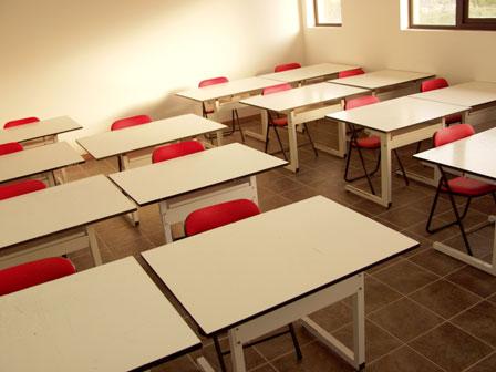 Scuola, il Tar della Campania dà torto a De Luca: tornano in classe anche gli alunni di quarta e quinta elementare