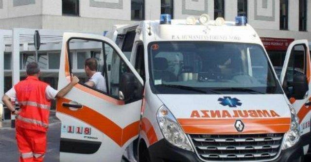 Crolla impalcatura nel Casertano: operaio gravemente ferito