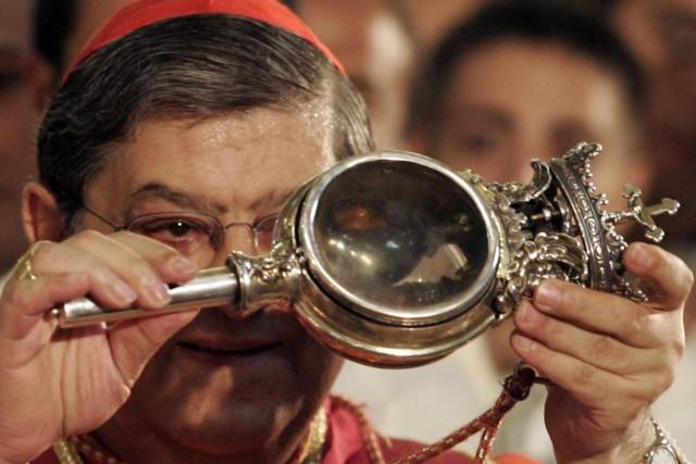 Si rinnova a Napoli il prodigio San Gennaro: il sangue si è sciolto