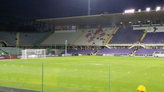 Mille tifosi azzurri al Franchi per sostenere il Napoli
