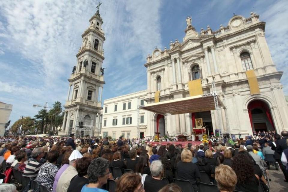 Supplica alla Madonna di Pompei: presenti 50mila fedeli