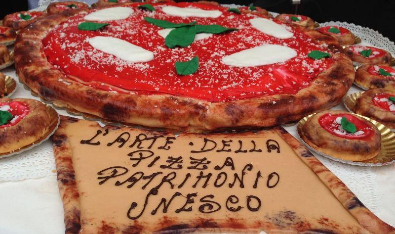 Unesco: un milione e 300mila firme per la pizza napoletana