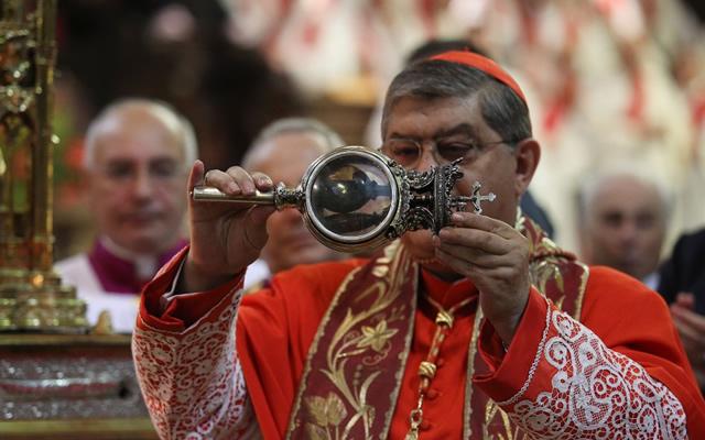 San Gennaro: si ripete il miracolo, l'annuncio del cardinale Sepe