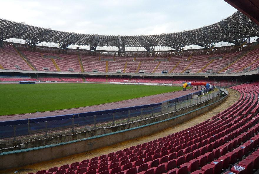 """De Luca: """"destiniamo allo stadio San Paolo venti milioni di euro per rifarlo completamente"""""""