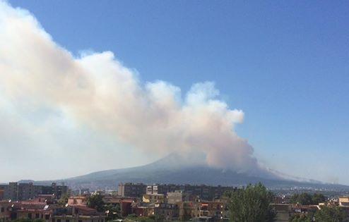 Buonajuto, emergenza incendi: chiesto intervento esercito