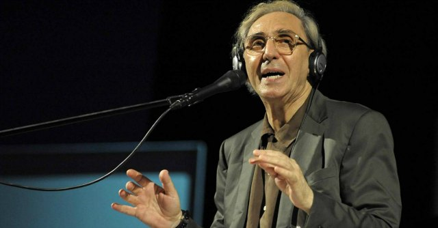 Franco Battiato incanta il pubblico al Napoli Teatro Festival