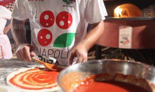 Ritorna il Pizza Village sul lungomare di Napoli, 50 forni e Oltre un chilometro di stand