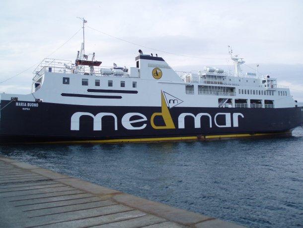 Nave urta banchina a Ischia: 29 feriti lievi