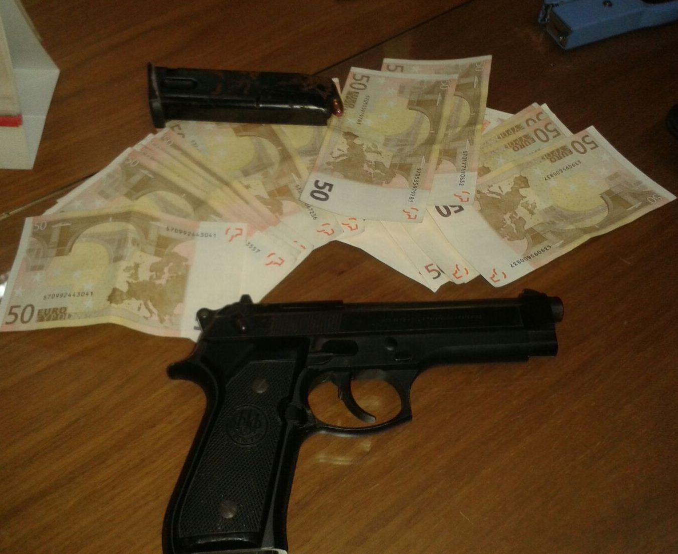 Armati di pistola a Giugliano: arrestati due pregiudicati