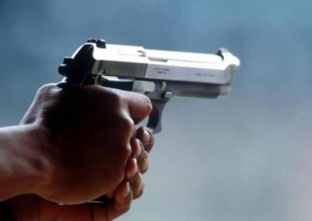 Si torna a sparare a Fuorigrotta: colpi di pistola esplosi