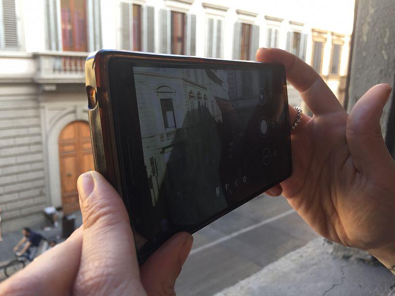 Rapina a Napoli: ladro in manette grazie a foto scattata da turista