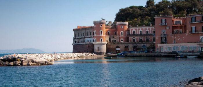 Batò Naples: il battello turistico per ammirare le bellezze del Golfo