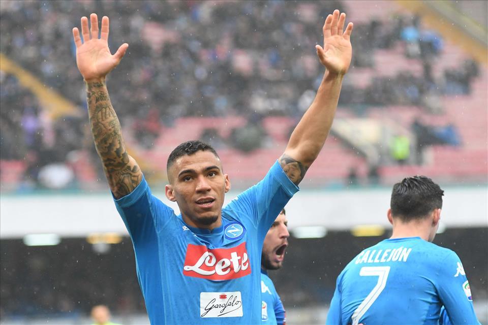 Allan lascia il Napoli, giocherà nell'Everton di Ancelotti