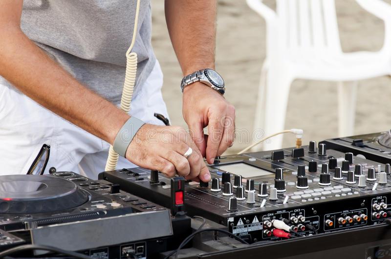 Il primo maggio torna 'Day Time edition' al Key Beach Park di Licola