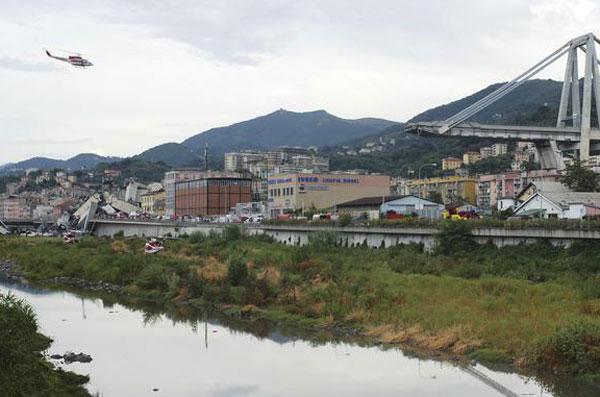 Genova: 39 morti e 16 feriti, dodici in codice rosso. Si aggrava il bilancio