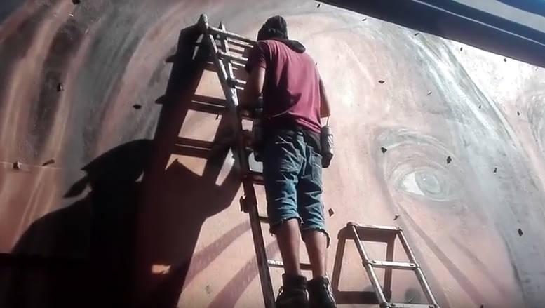 Ilaria Cucchi a Napoli per l'inaugurazione del murale di Jorit