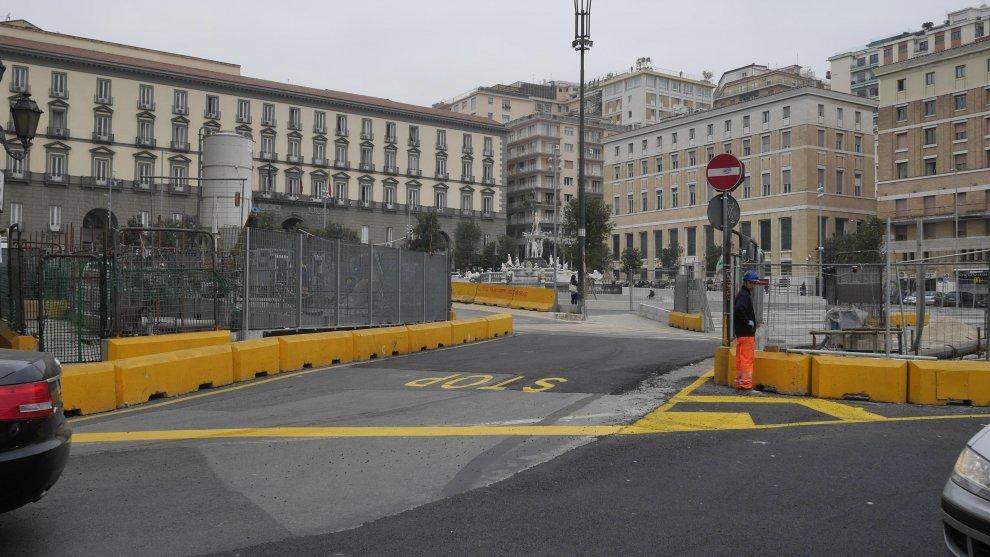 Divieto di transito nell'area di Piazza Municipio per i lavori dell'Universiade