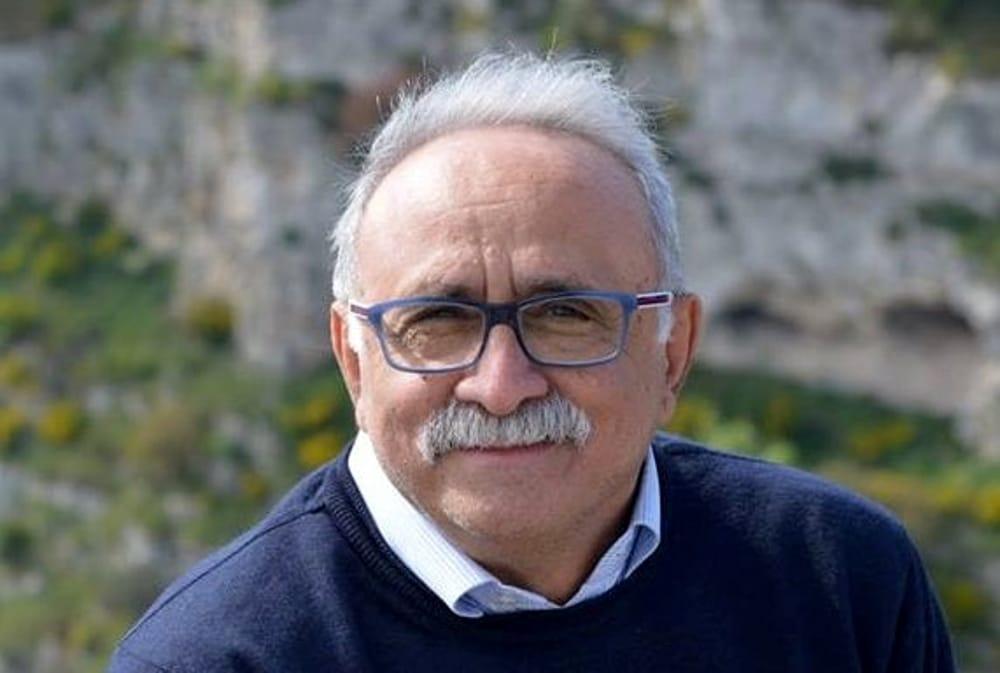 Lutto a Napoli, è morto il medico e scrittore Lucio Rufolo