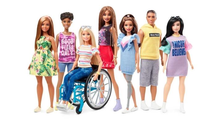 Arriva la nuova Barbie in sedia a rotelle