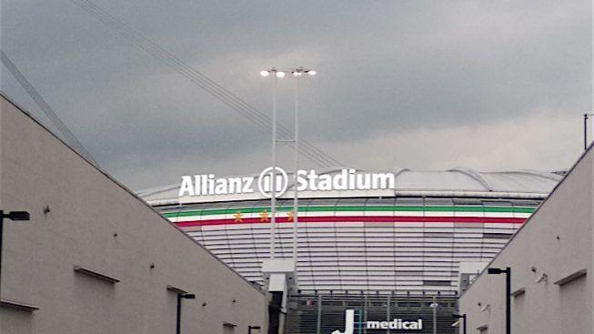 Juventus-Napoli, la decisione del Gos: vendita vietata solo ai residenti in Campania