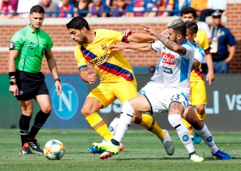 Napoli Barcellona 0-4, doppio Suarez, Griezmann e Dembélé travolgono gli azzurri