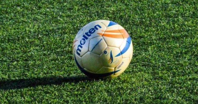 Parco senza custodi a Napoli, calcio negato ai bambini