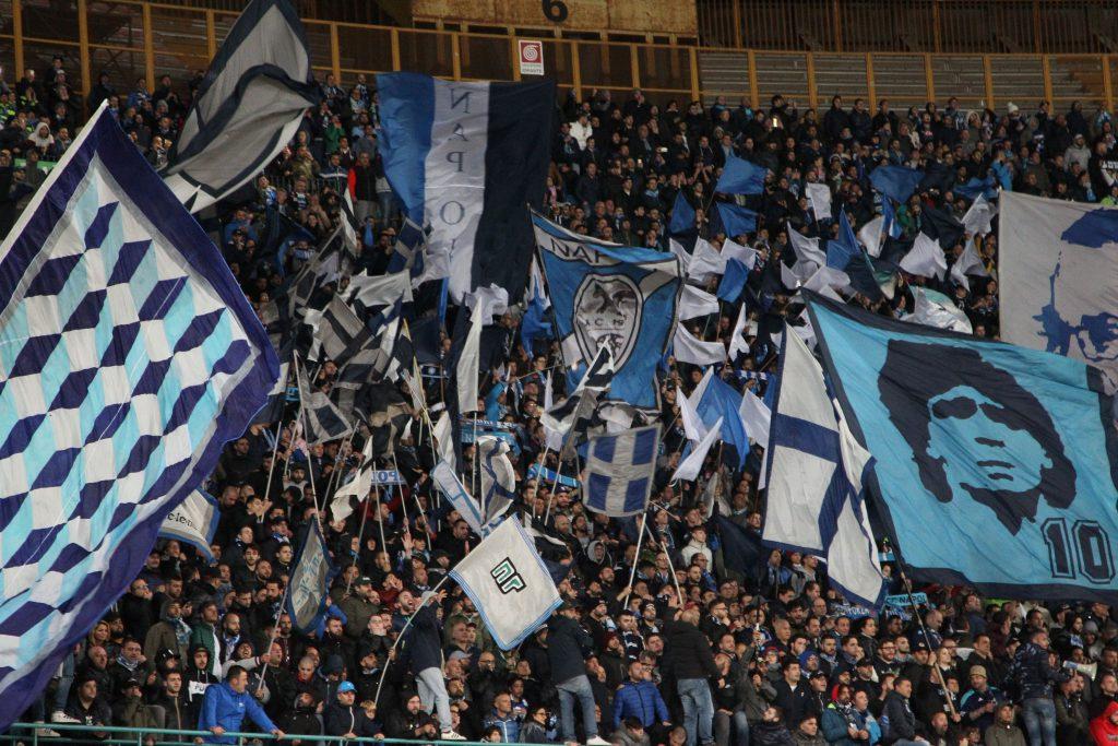 Calcio Napoli, dieci daspo per tifosi condannati