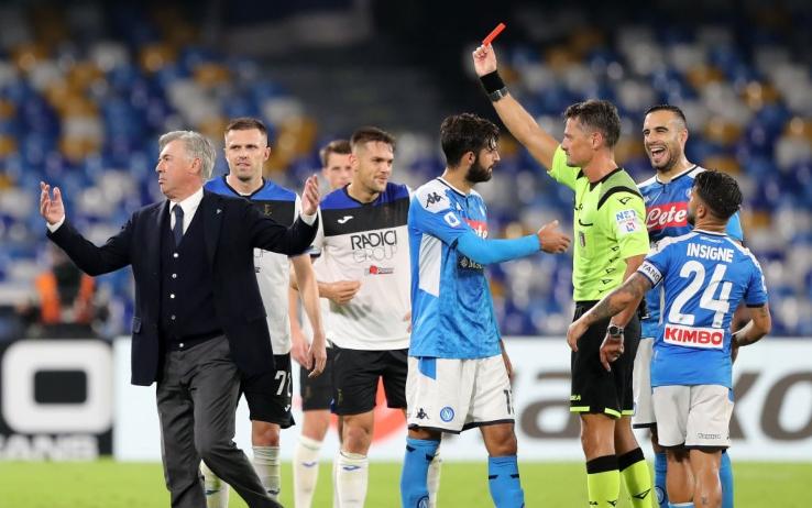 """Napoli-Atalanta, botta e risposta Rizzoli-Ancelotti: """"Abbiamo sbagliato"""". """"Ora posso andare"""""""