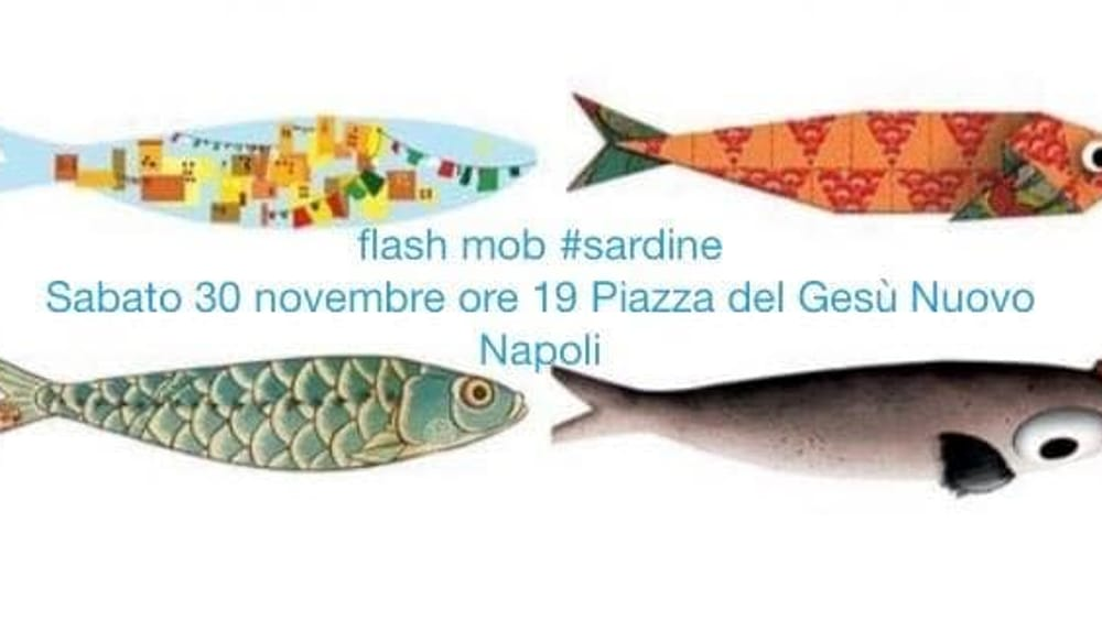 """Da """"sardine"""" a """"fravagli"""", anche Napoli contro Salvini: flash mob a Sorrento e Piazza del Gesù"""