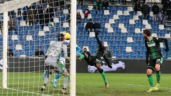 Sassuolo-Napoli 1-2, l'autorete di Obiang allo scadere per la prima gioia di Gattuso