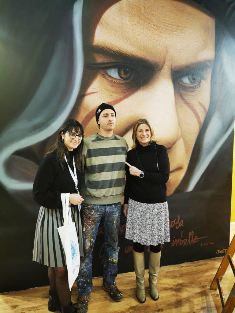 Consegnata al Comune di Milano la tela dipinta da Jorit che sarà esposta a Palazzo Marino
