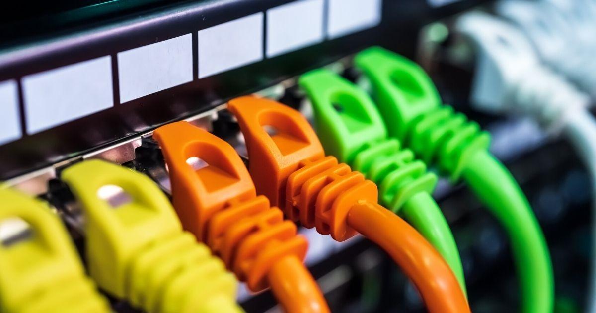 La rete fissa, il 5g che c'è già, a capacità quasi illimitata, a sostegno della rete mobile