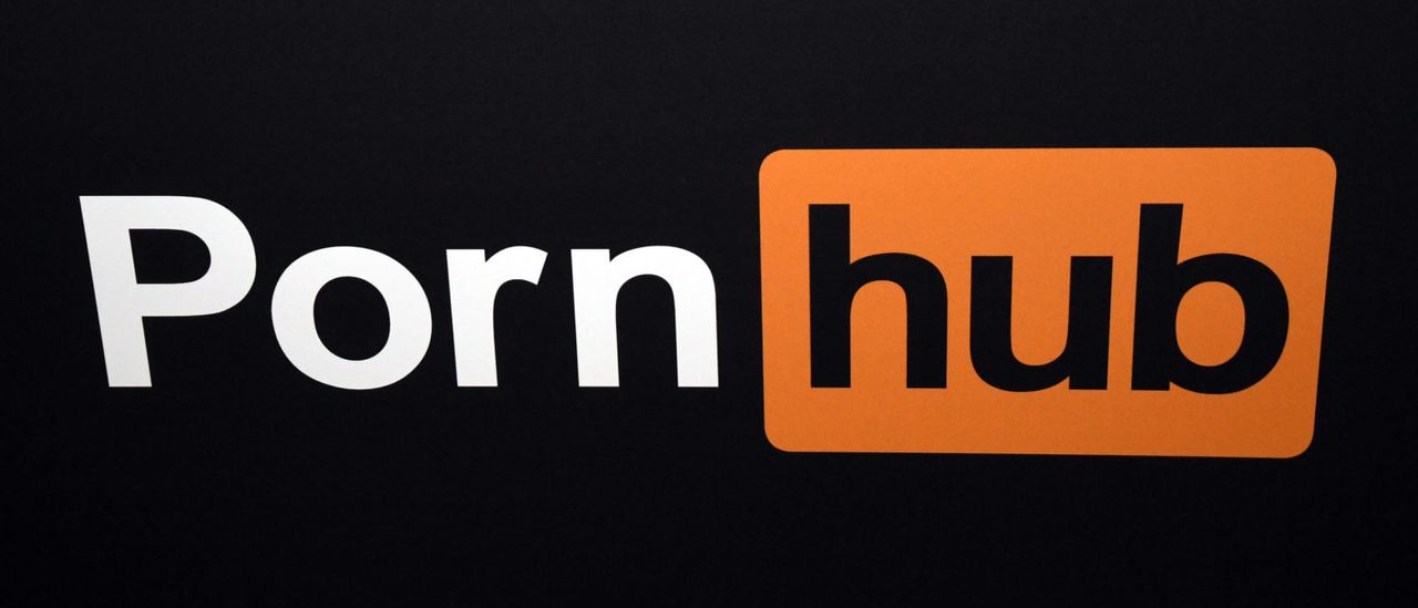 Pornhub offre agli italiani un porno premium gratuito