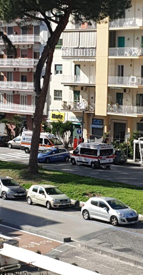 Suicidio a Viale Augusto nel quartiere Fuorigrotta